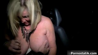 Chubby milf mom in sexy lingerie sucking