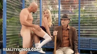 Reality Kings – Small blonde Teens Riley Star sucks and fucks in public